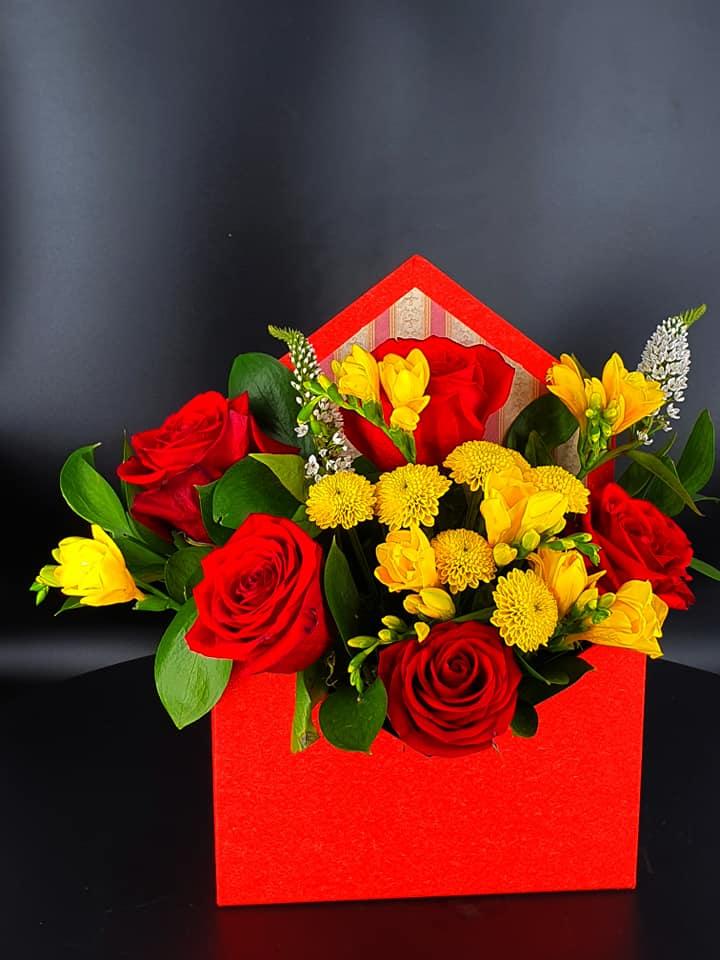 Cutie flori tip plic